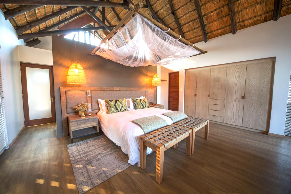 Nkala-Lodge-Leopard-Room.jpg