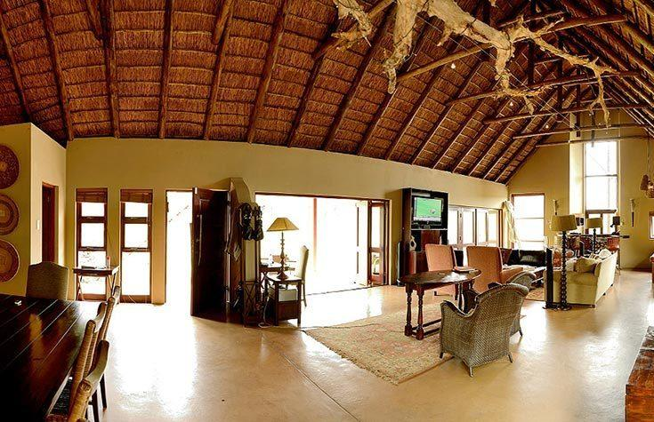 pilanesberg-private-lodge4.jpg